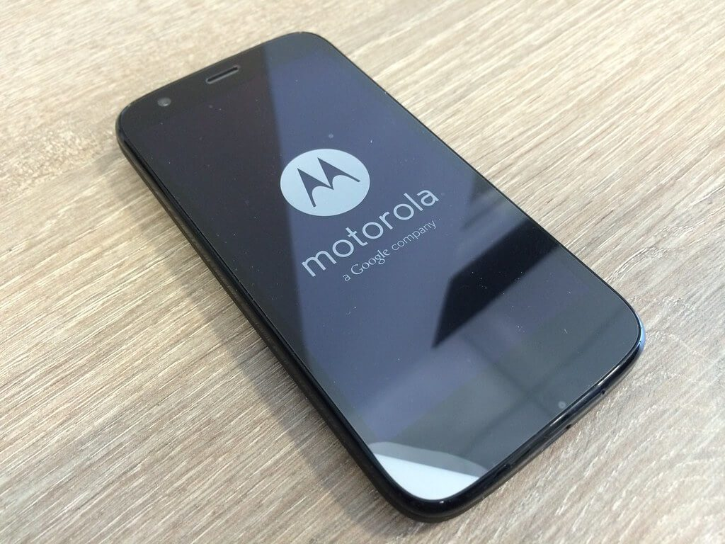 Motorola One Macro Best Phones Under 10000