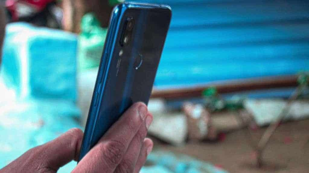 Xiaomi Redmi 7 Best Phones Under 10000
