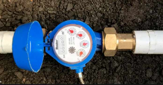 How to install a water flow meter